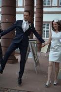 Der sportliche Bräutigam mit seiner Braut