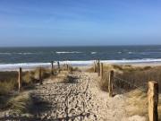 über die Düne zum Strand